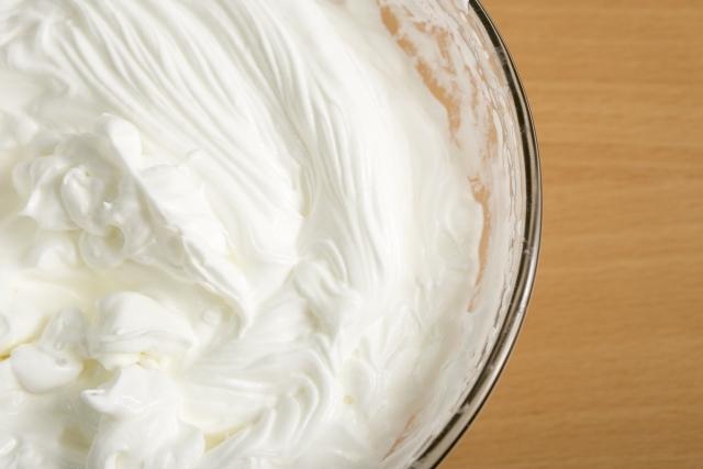 生クリームのカロリーと糖質