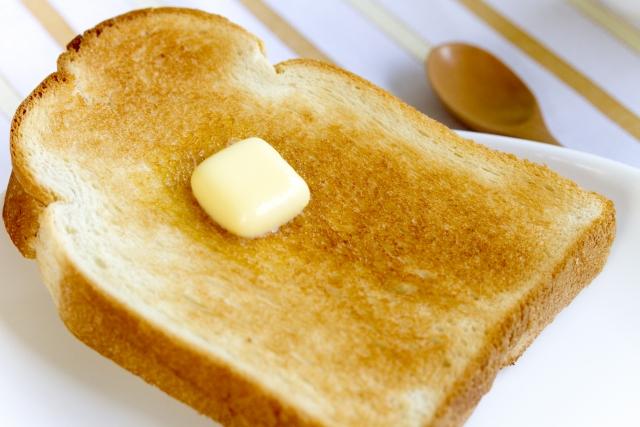 トーストのカロリーと糖質
