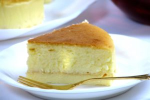 チーズが太る!?チーズケーキのカロリーと糖質は?ショートケーキと比較