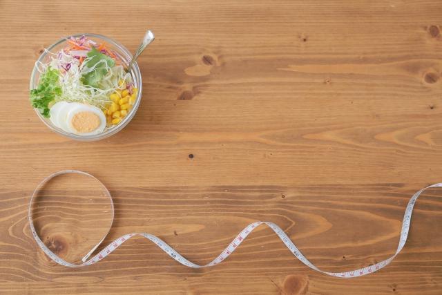 筋トレに最適なタイミングは食前・食後どっち?何を食べれば良いの?