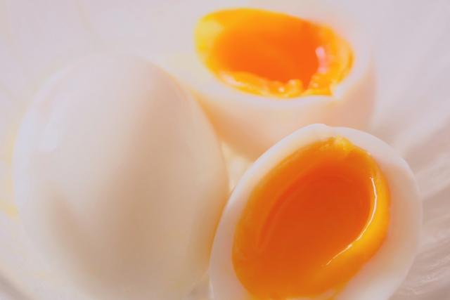 半熟ゆで卵