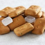 乾パンは太る!?カロリーと糖質をビスケットと比較