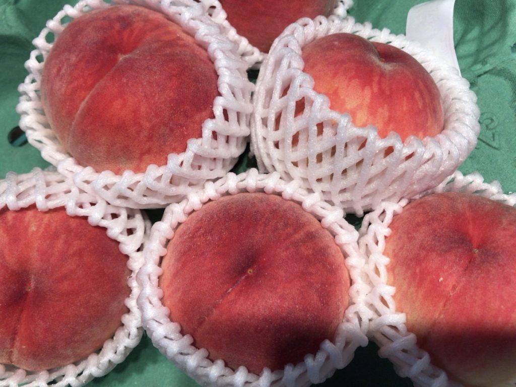 桃のカロリーと糖質