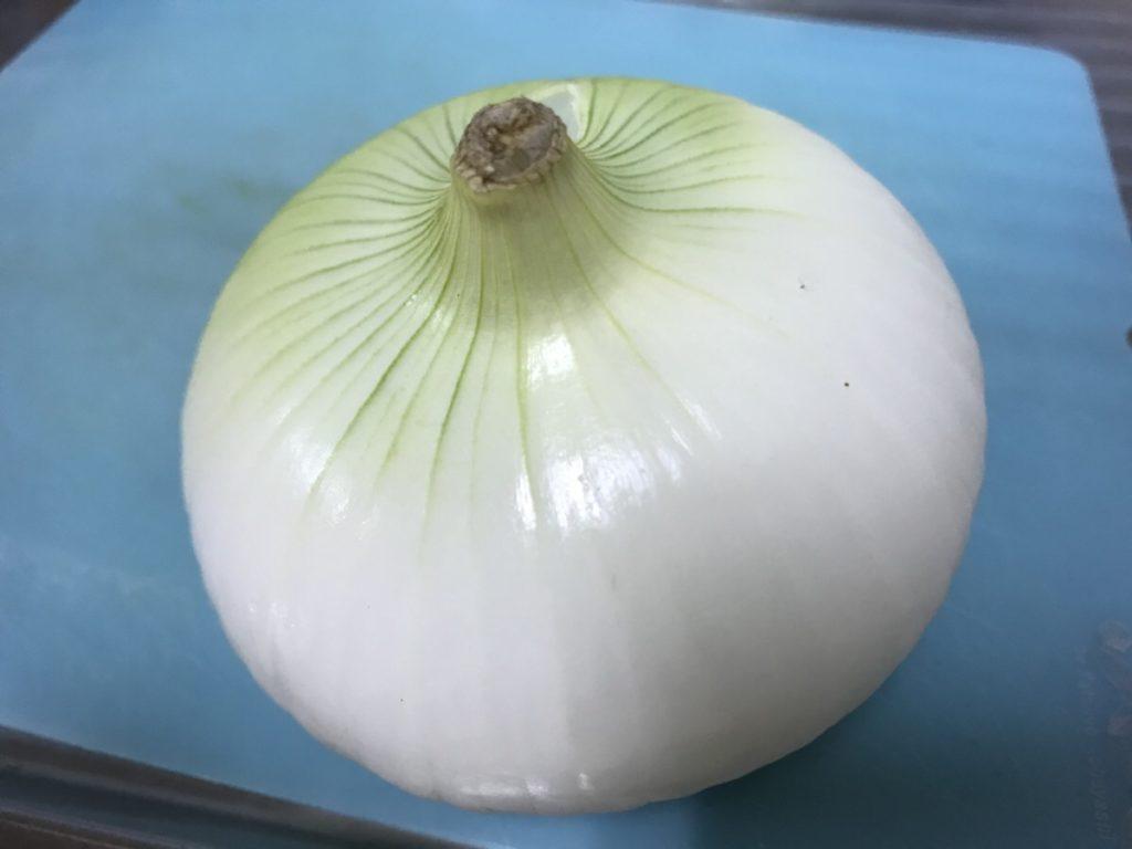 【玉ねぎのカロリー】玉ねぎは太る!?ねぎやニラとカロリー糖質を比較