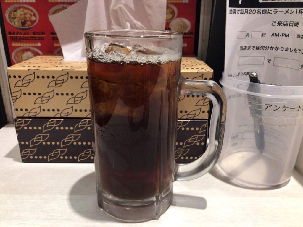 蒙古タンメン中本の黒烏龍茶