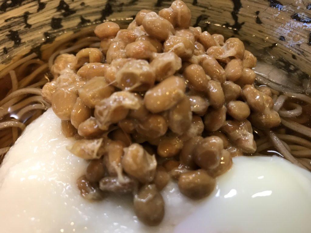 【納豆のカロリー】納豆は太る?太らない!?カロリーと糖質を他のタンパク質食品と比較