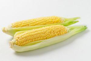 【とうもろこしのカロリー】とうもろこしは太る!?枝豆やグリンピースとカロリー糖質を比較