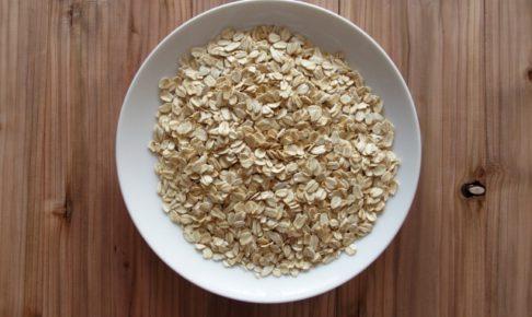 【オートミールのカロリー】オートミールは太る!?コーンフレークやグラノーラとカロリー糖質を比較