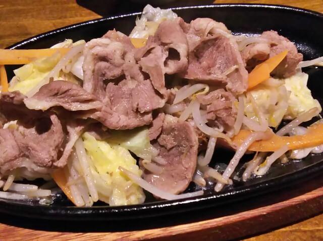 【肉野菜炒めのカロリー】肉野菜炒めは太る!?店別にカロリー糖質を比較