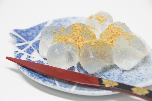【わらび餅のカロリー】わらび餅は太る!?団子やどら焼きとカロリー糖質を比較